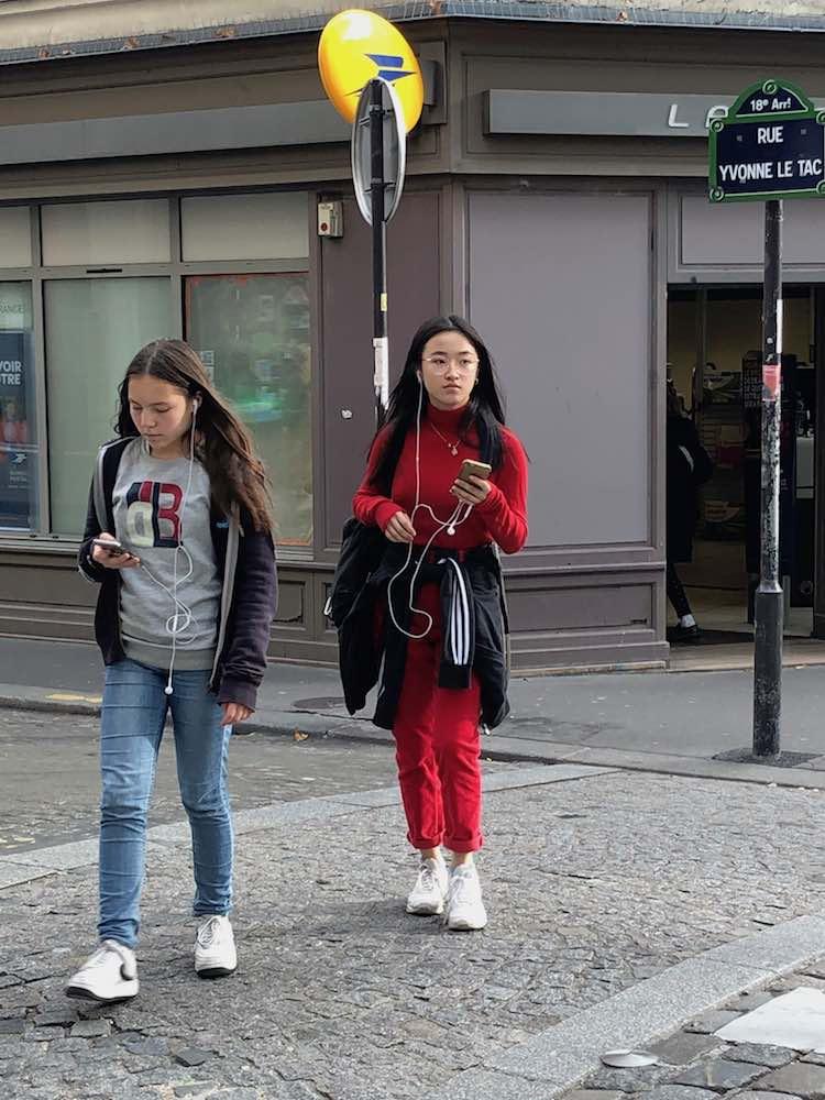 school-girls-montmartre